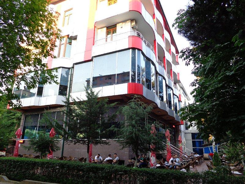 http://www.hotelpiazza.al/images/gallery/piazza-hotel/DSC00676.JPG